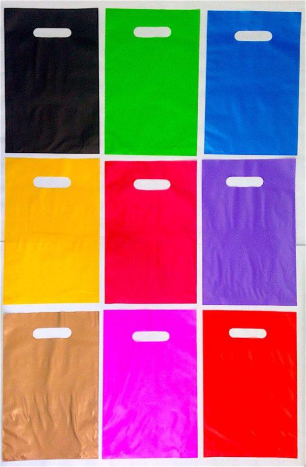 sacola alça vazada colorida